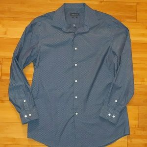 Perry Ellis slim fit button up shirt 16 1/2 34/35
